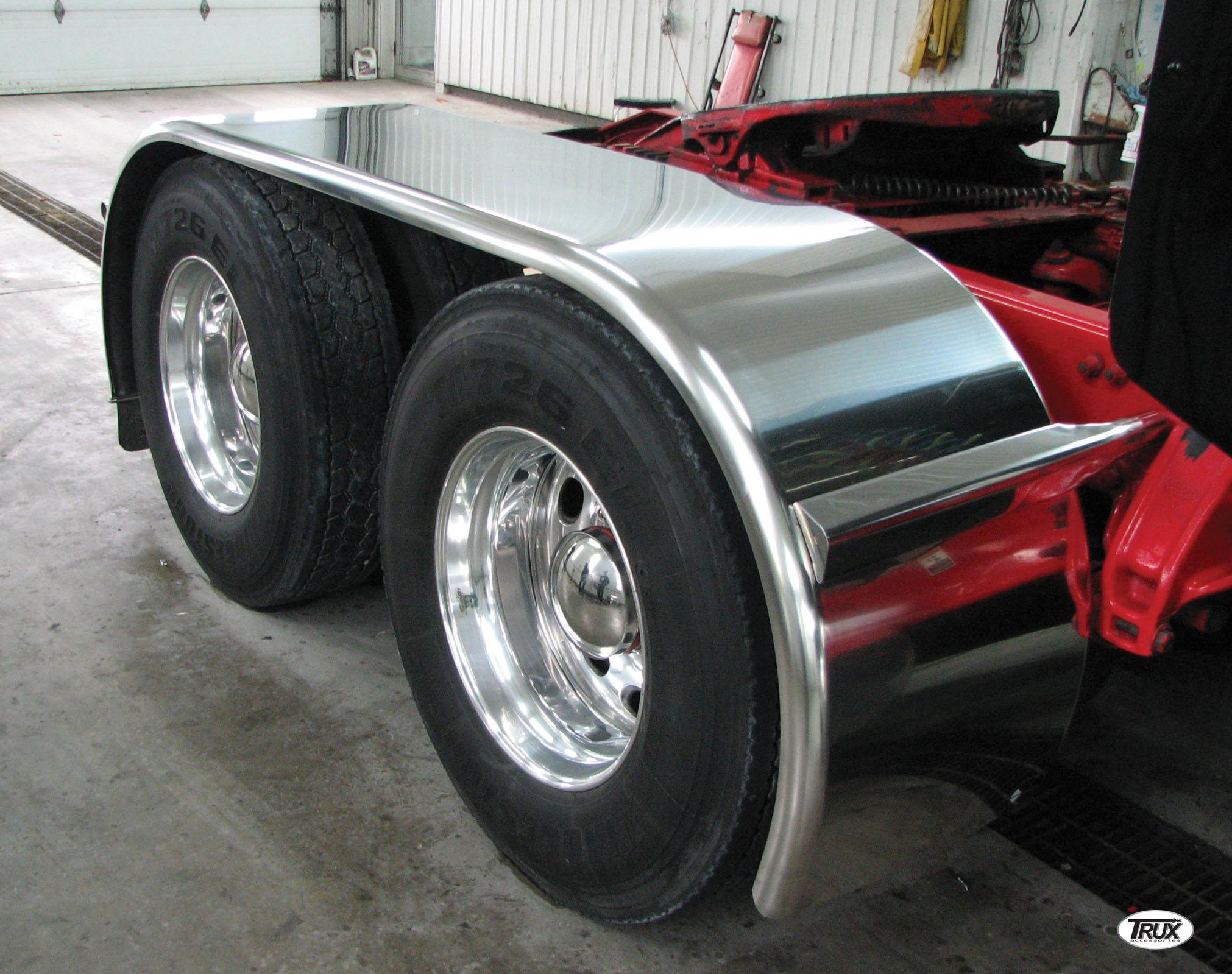 "142"" Smooth Boss Full Fender (44""-54""-44"") - 14 ga."
